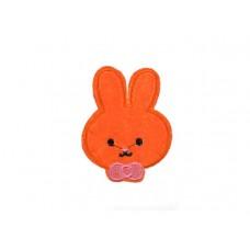 applicatie konijntje oranje met strik