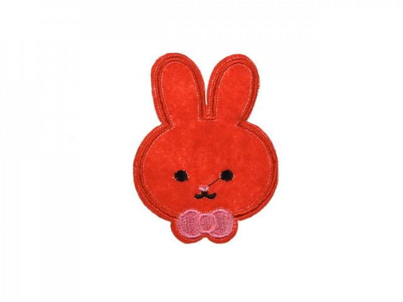 applicatie konijntje rood met strik