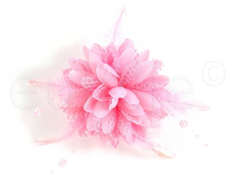 bloem corsage met parels en veertjes roze