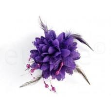 Bloem corsage parels paars