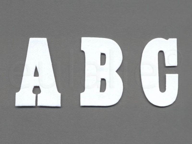opstrijkbare letter vilt wit groot