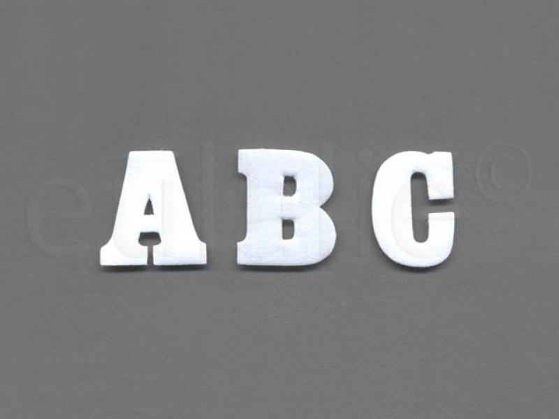 opstrijkbare letter wit klein
