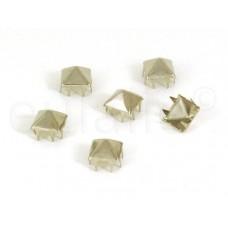 studs pyramide 10 mm zilver grootverpakking (250 stuks)