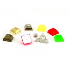 studs pyramide groot (10 stuks)