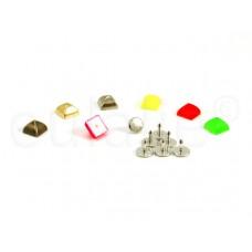 studs pyramide klein (10 stuks)